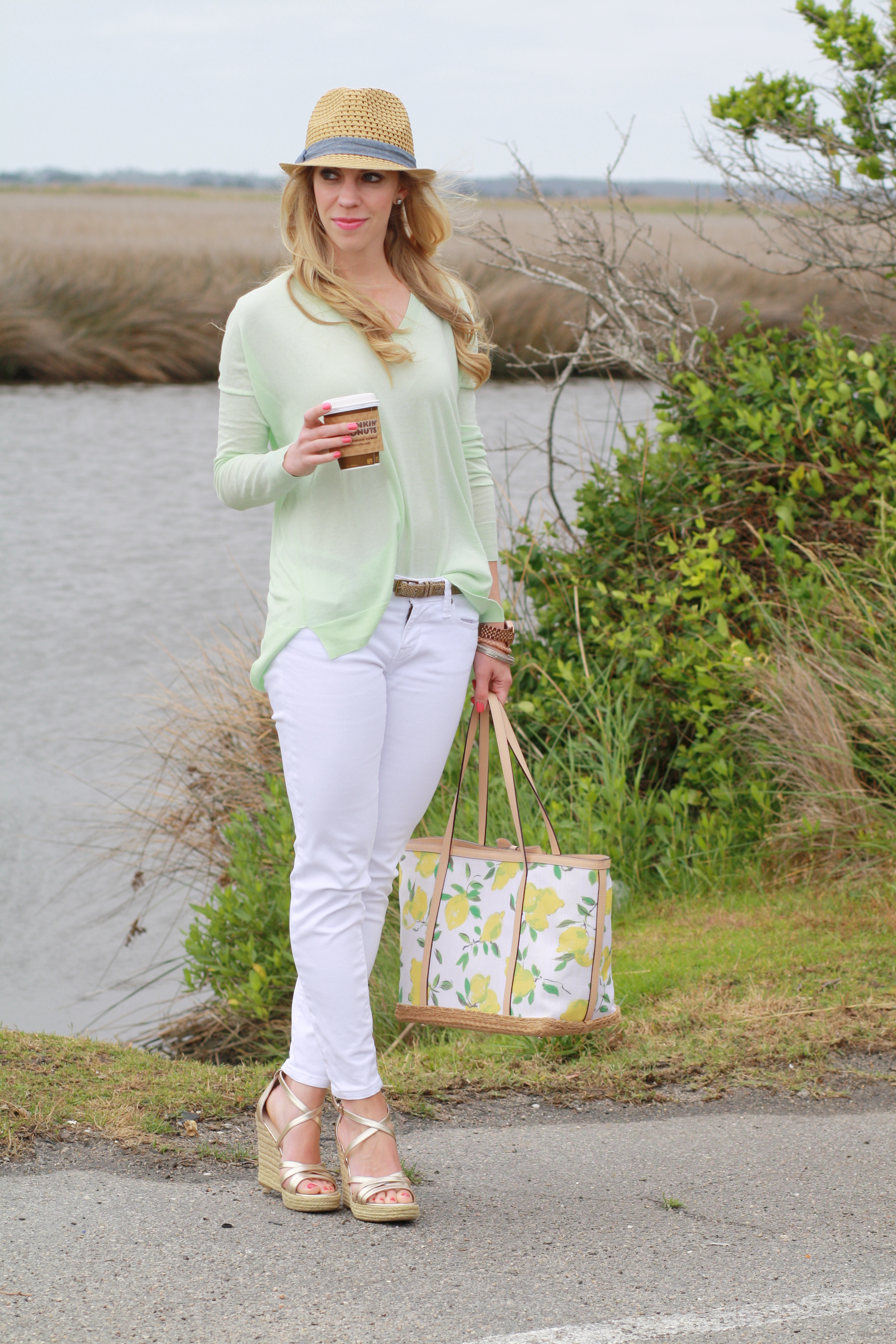 Citrus Mint: Boyfriend sweater, White denim & Lemon print tote }