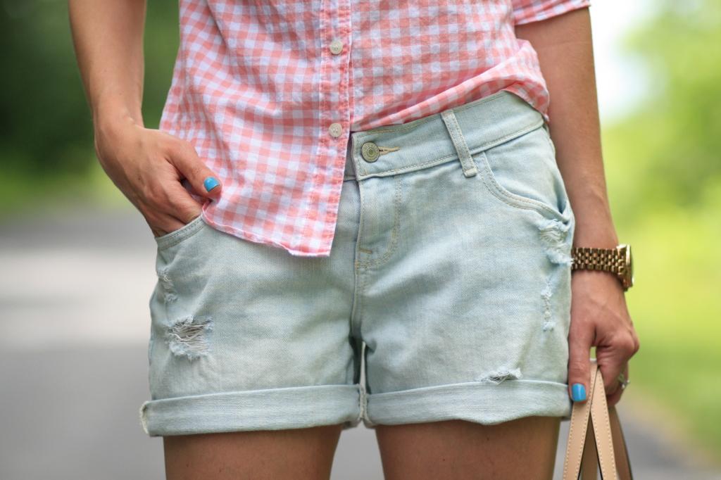 boyfriend gingham  pink button down  distressed denim shorts  u0026 lemon-print tote