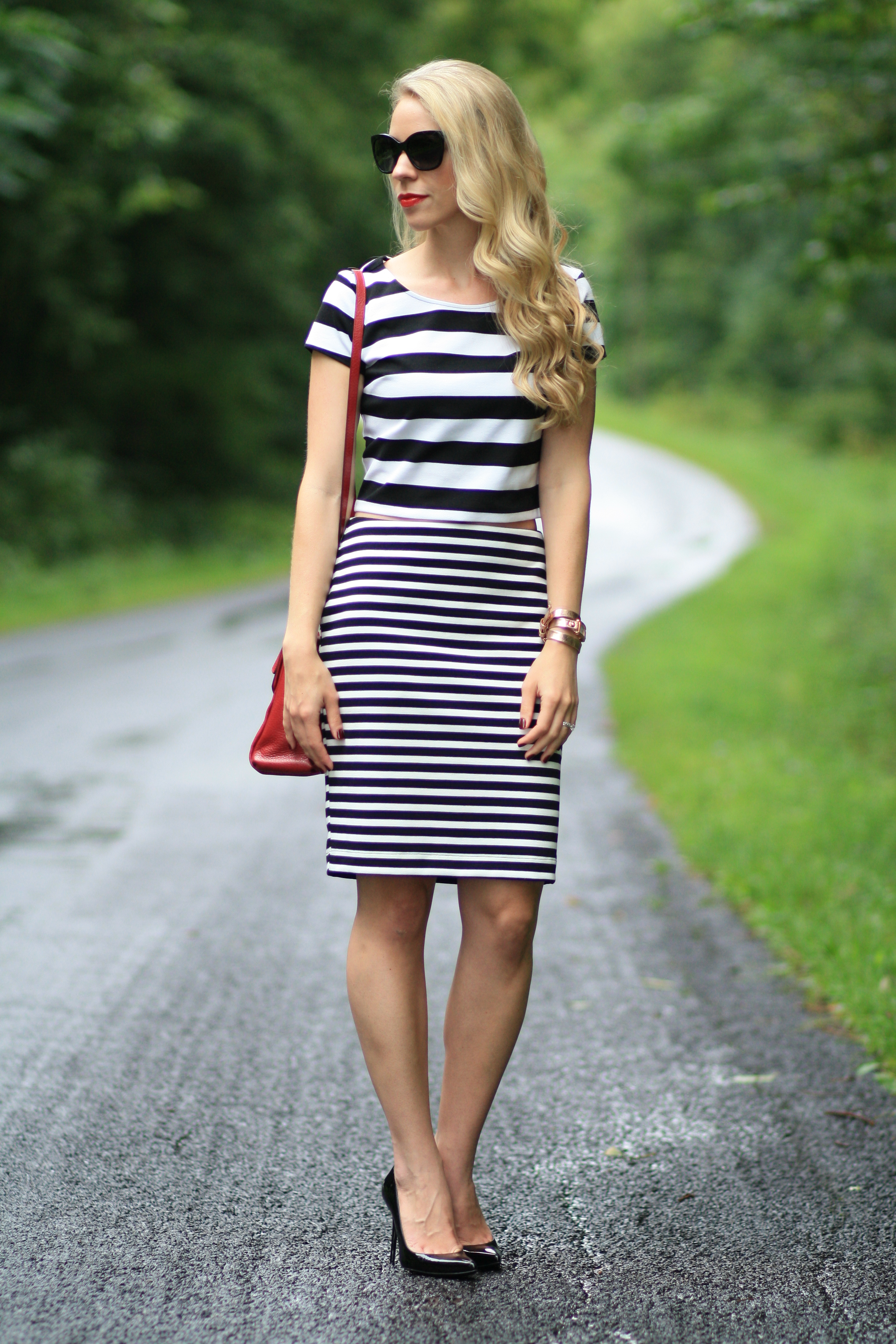 48594909fe stripes on stripes, mixing stripes, black and white striped crop top with  striped pencil ...