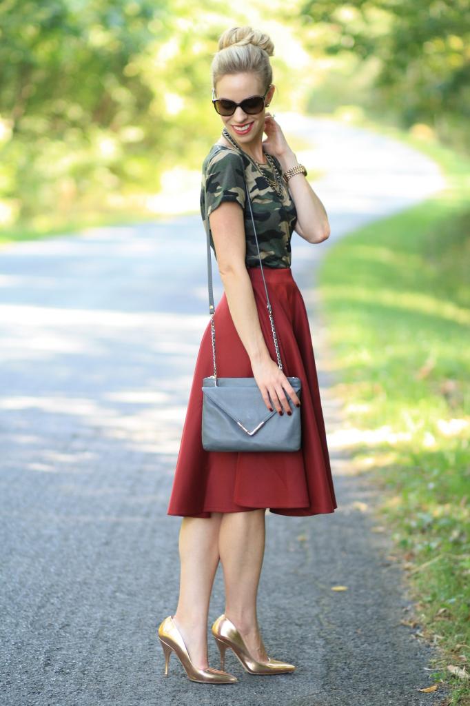 vintage camo tee, burgundy full midi skirt, high waist midi skirt with tee shirt, Elaine Turner cloudy bay Bailey crossbody bag, Kate Spade rose gold pumps