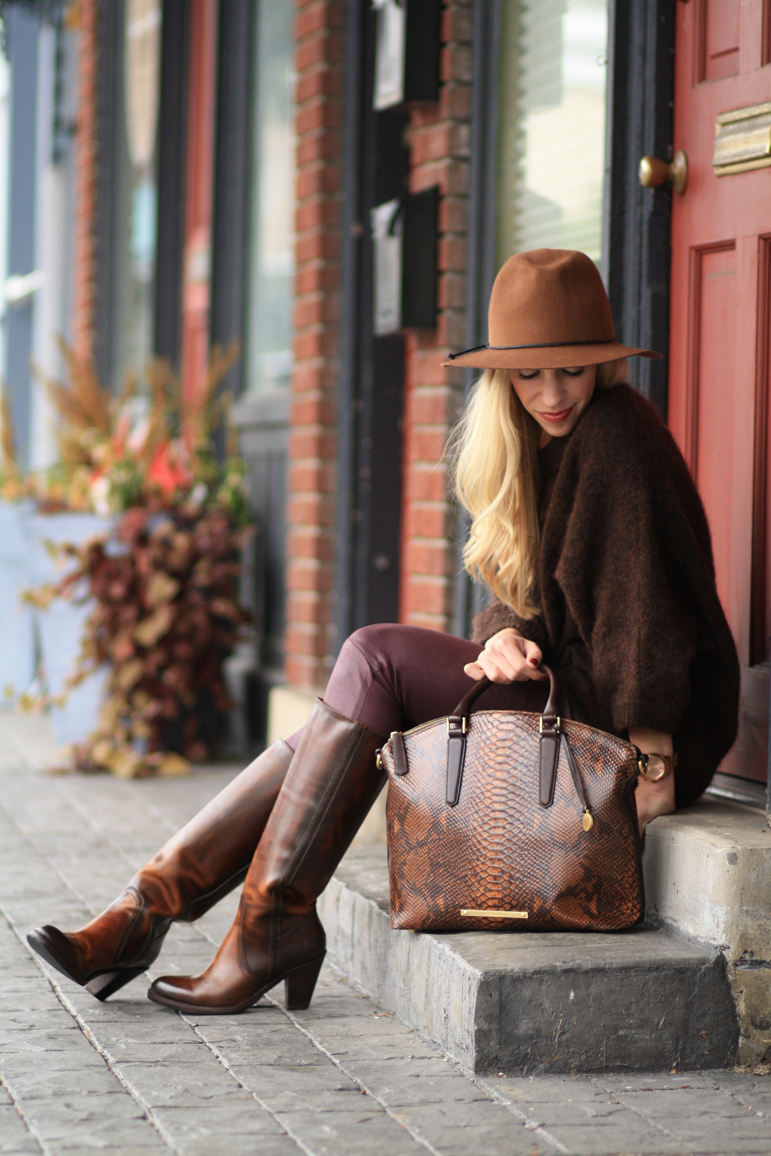 Brown And Burgundy Living Room Decor: { Brown & Burgundy: Oversized Sweater, Leather Skinny