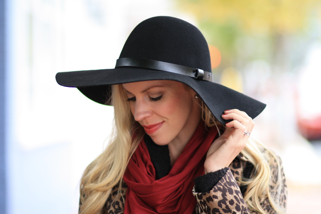 H&M black wool floppy hat with leather trim, burgundy nails, burgundy red scarf, leopard coat, trench coat
