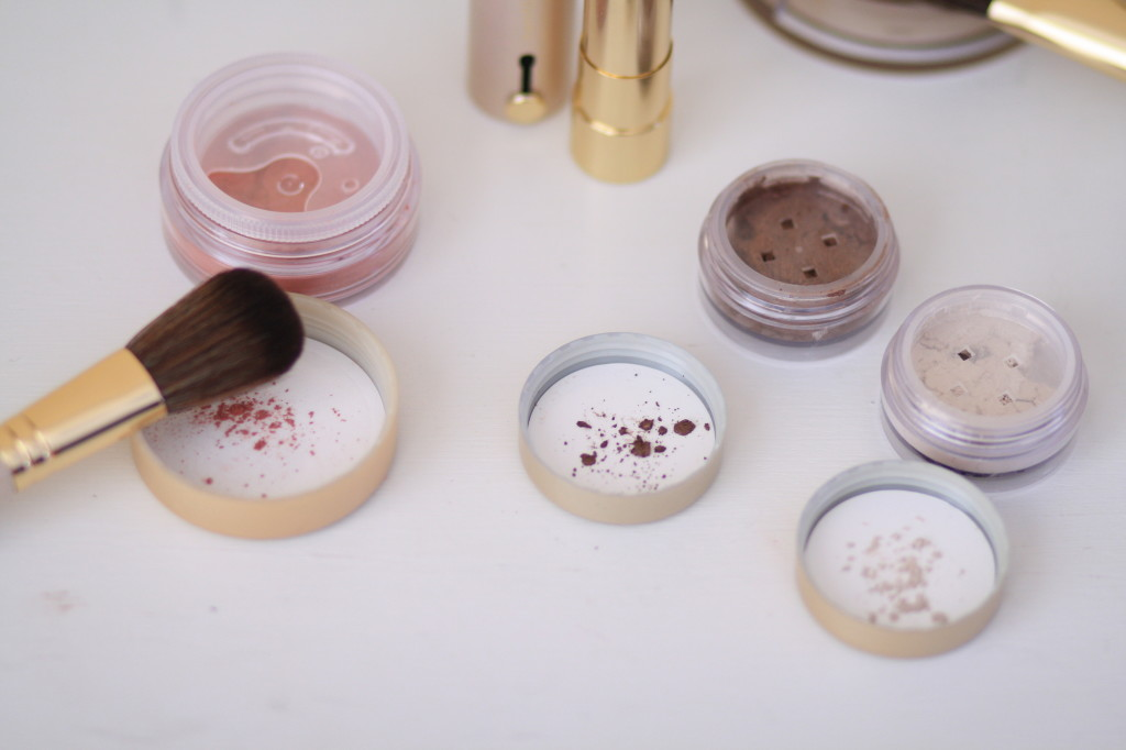 Bare Minerals 'Chandlelight Glow' 8-piece holiday collection