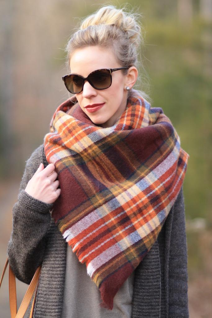 Zara brown orange yellow plaid blanket scarf, how to tie a blanket scarf, handkerchief scarf tying, Prada tortoiseshell sunglasses, sock bun