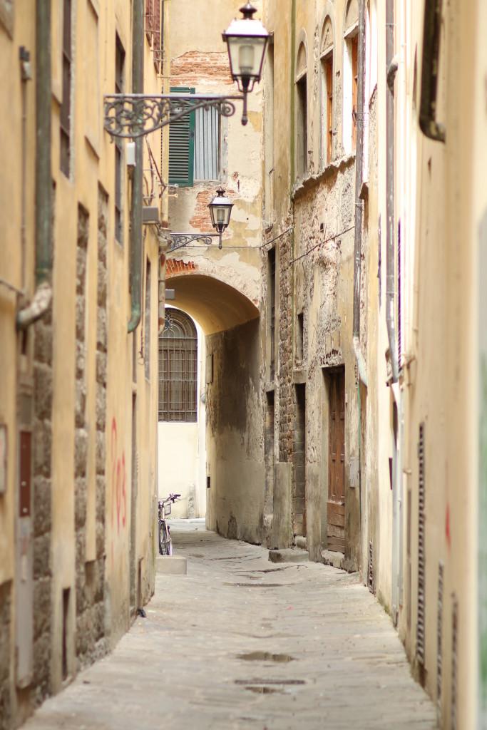 Streets Of Firenze Denim Shirt Dress Lace Up Sandals