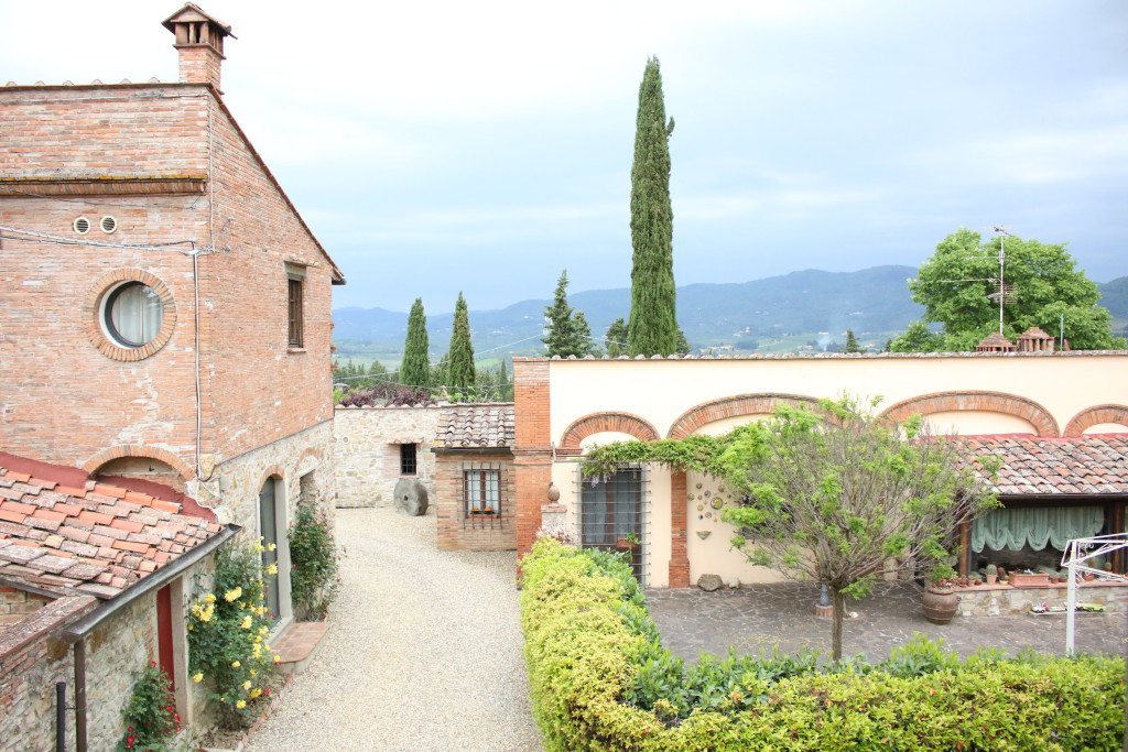 La Presura inn, greve di Chianti, Tuscany bed and breakfast, travel blog review, where to stay in Tuscany Italy