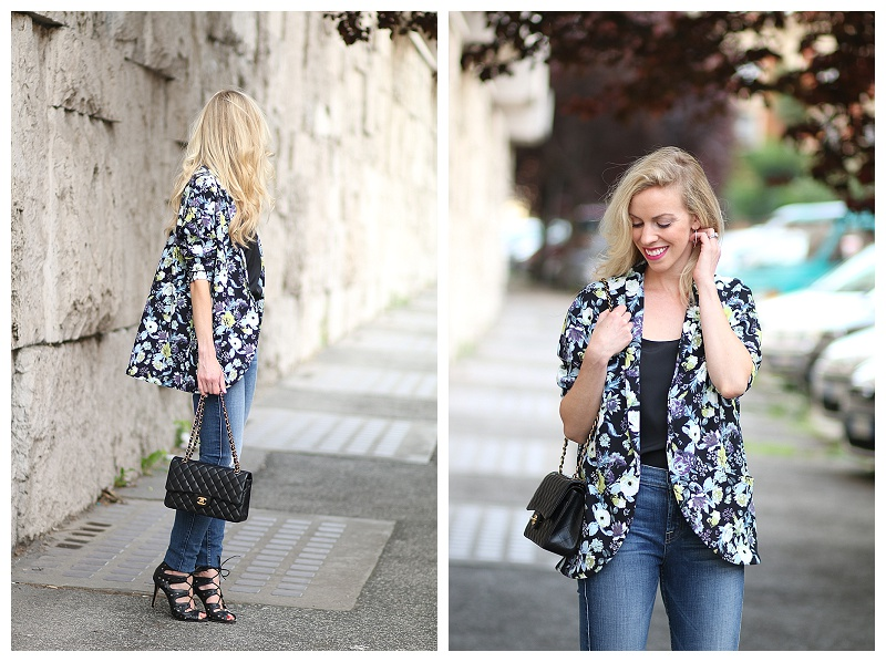 H&M floral kimono jacket, 7 for all mankind high waist ankle skinny jeans, Chanel medium classic flap bag, how to wear a kimono with high waist jeans
