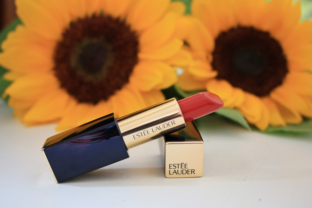 Estee Lauder pure color envy red lipstick Envious, best red lipstick, perfect lipstick for fair skin tones, beauty review