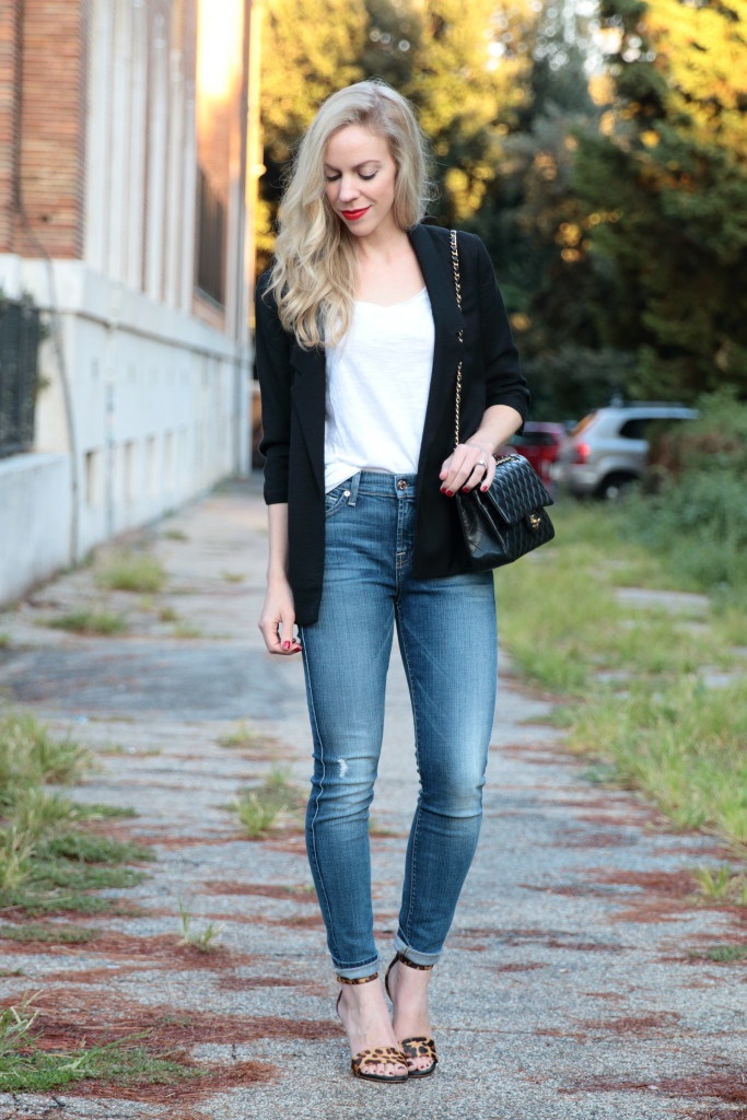 black boyfriend blazer with white tee, 7 for all mankind high waist skinny jeans, Chanel medium classic flap bag, leopard sandals, tee and blazer outfit