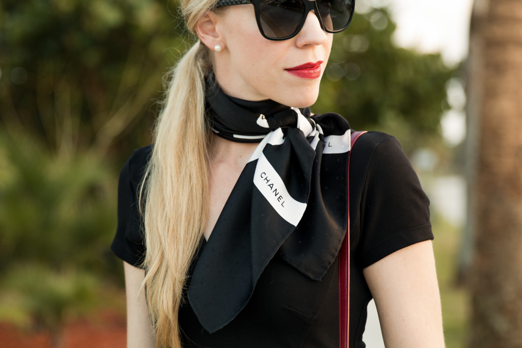 Estée Lauder Irrepressible matte lipstick, best fall red lipstick, Chanel black and white silk scarf, how to tie silk neck scarf-4