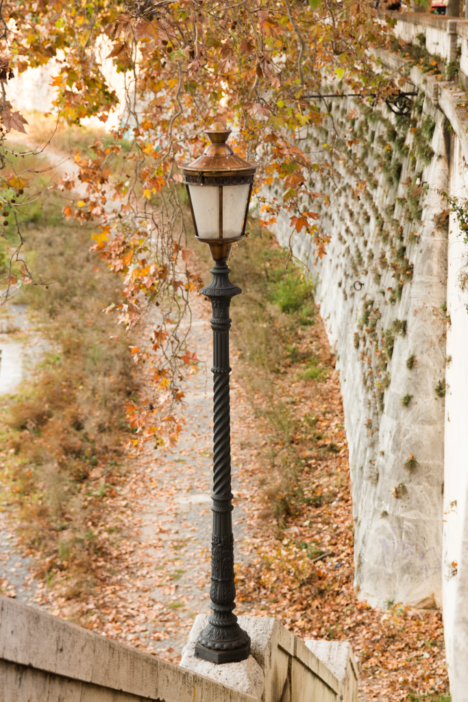 Lungotevere Rome, Tiber River Rome Italy, fall in Italy, photography, travel blogger Italy