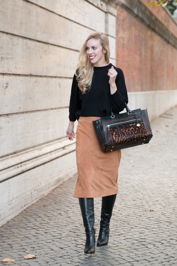 Ann Taylor suede midi skirt, how to wear midi skirt with knee high boots, camel suede midi skirt, brown suede skirt, Brahmin leopard print handbag