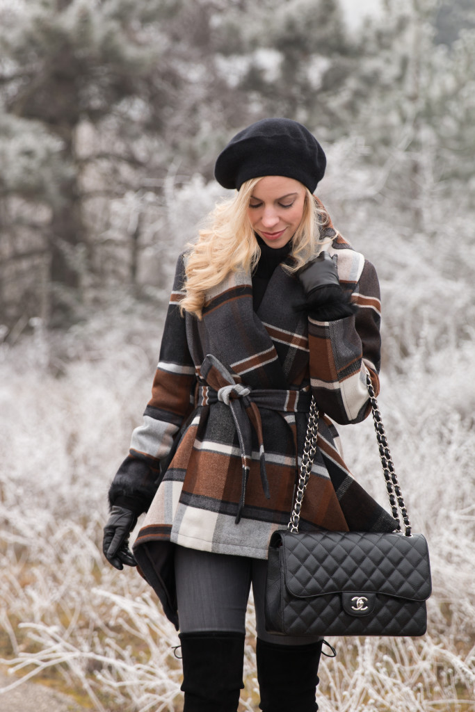 Chicwish brown and black plaid wrap coat, black beret, how to wear a plaid coat for winter, Chanel Jumbo black caviar with silver hardware