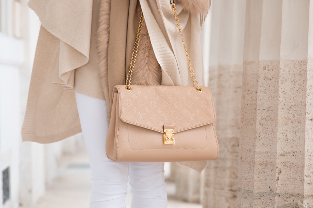 Louis Vuitton St. Germain flap bag dune leather, beige Louis Vuitton bag, winter white neutral outfit with camel scarf