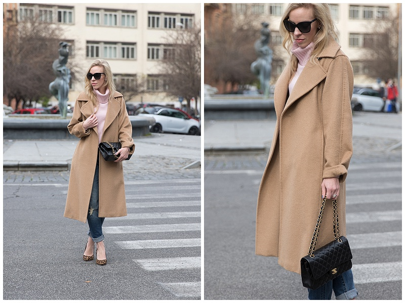 Max Mara camel wrap coat, blush pink turtleneck, camel coat with boyfriend jeans outfit, how to wear oversized coat and boyfriend jeans
