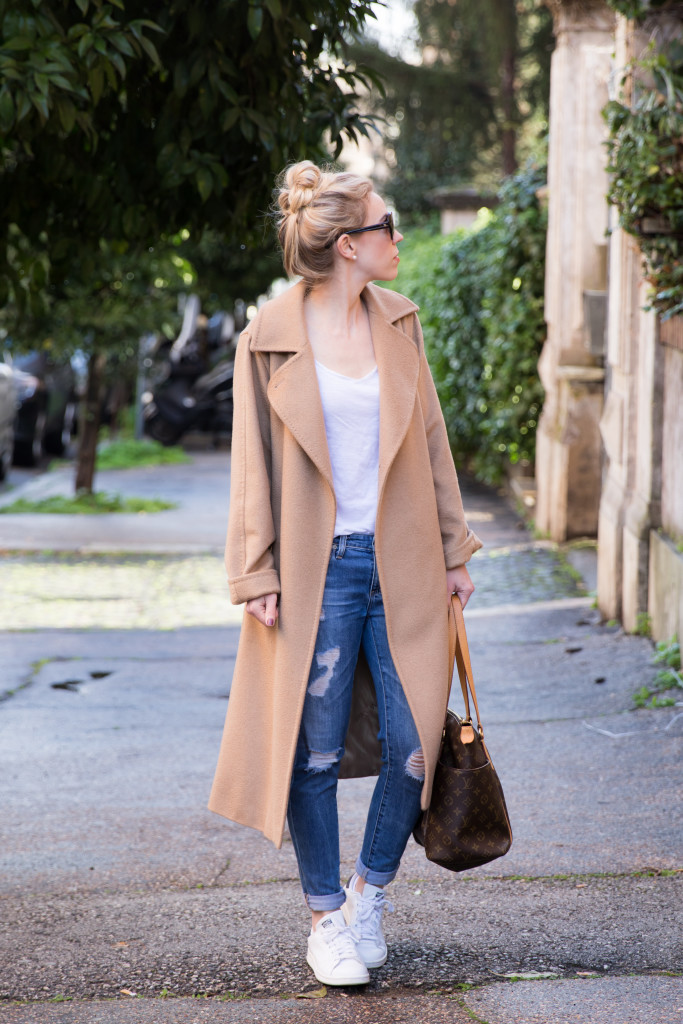 casual outfit with camel coat, distressed denim and Adidas Stan Smith sneakers, how to wear camel coat with sneakers