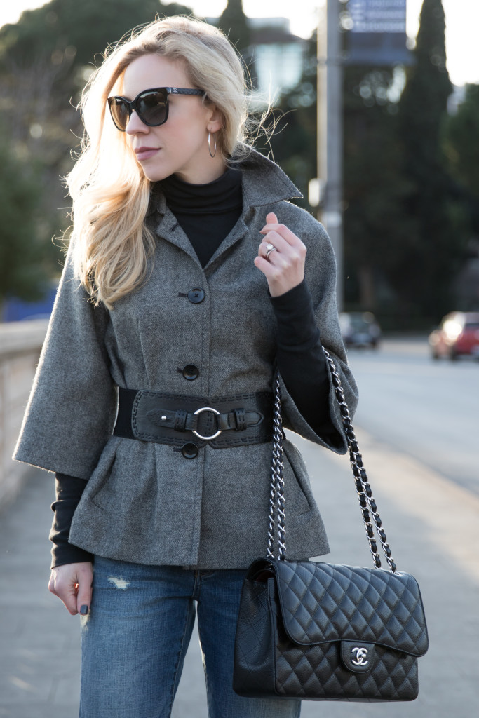 tweed jacket with wide waist belt, how to belt a jacket, Chanel Jumbo classic flap bag black caviar with silver hardware, Chanel quilted leather sunglasses