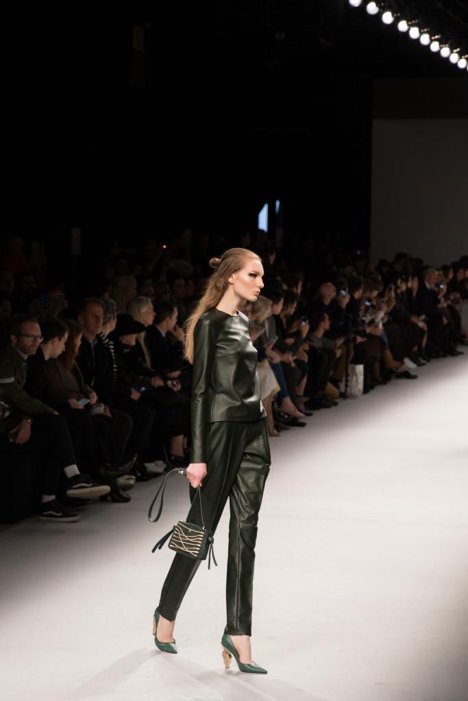 Aigner Munic emerald green leather pants, Milan Fashion Week AW16 runway