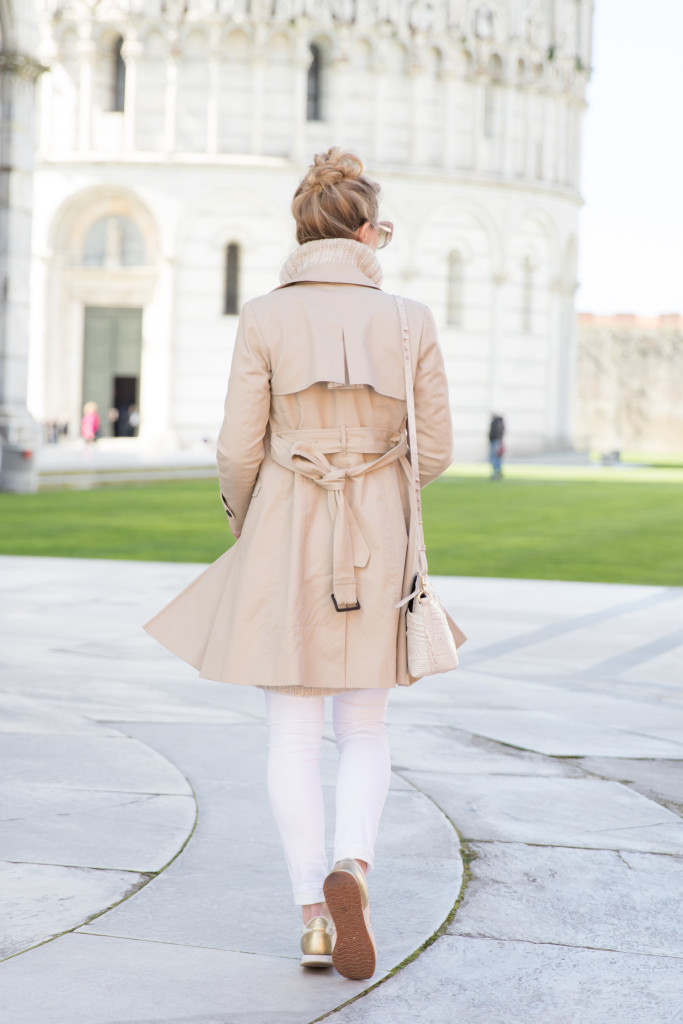 Ann Taylor khaki trench coat, white denim, New Balance sneakers, trench coat with white jeans and sweater outfit