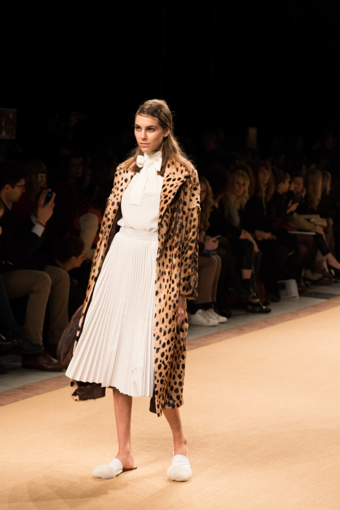 Simonetta Ravizza leopard fur coat, white pleated midi skirt, bow blouse, Milan Fashion Week runway show fall winter 16 collection