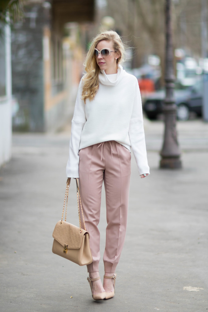 cc78d5364da9 oversized white turtleneck sweater with pink pants, blush pink and beige  outfit, Louis Vuitton
