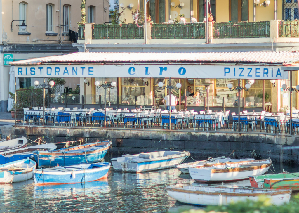 Lungomare Naples, Italy, restaurants along Lungomare Naples Italy, travel blogger, travel photography Italy