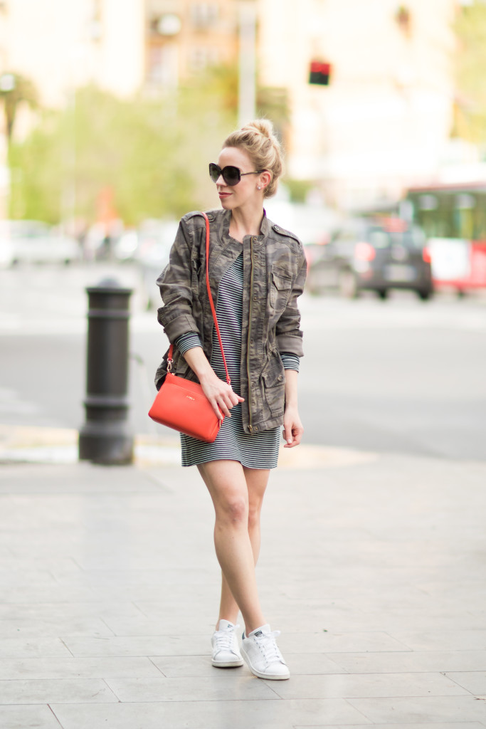 camo jacket with striped dress, how to wear camo jacket, Furla orange handbag, striped dress with Adidas Stan Smith sneakers
