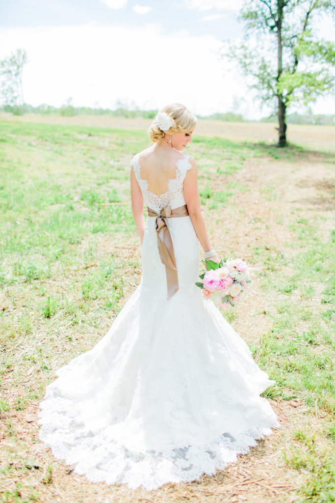View More: http://rachel-may.pass.us/maxmeaganwedding