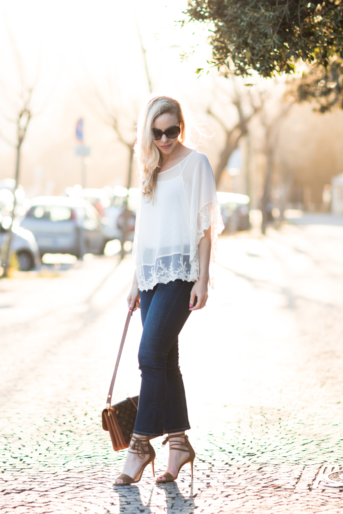 Express lace poncho with crop flare jeans, how to wear cropped flare jeans, lace poncho with flare jeans outfit