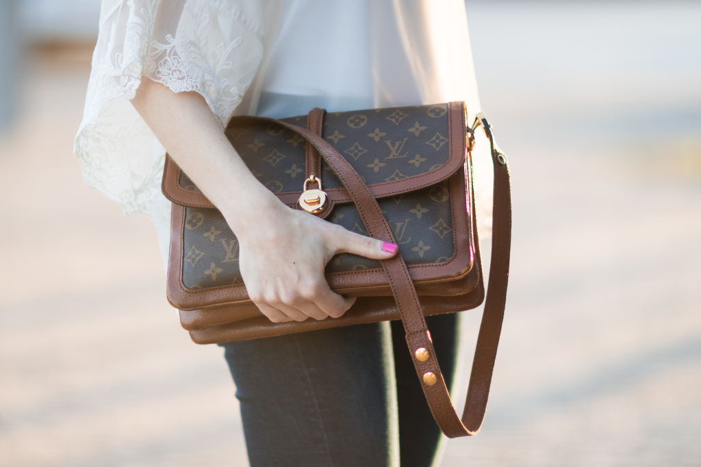Louis Vuitton vintage Passy monogram bag