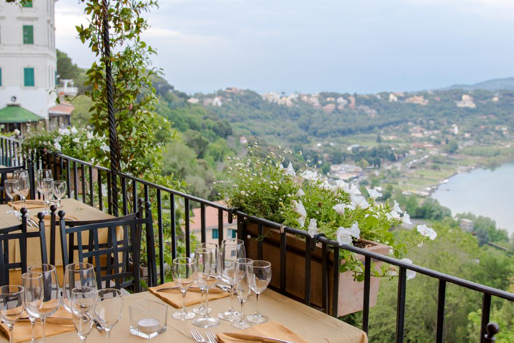 Ristorante Pagnanelli Castel Gandolfo Roma Italy, best fine dining restaurants near Rome Italy