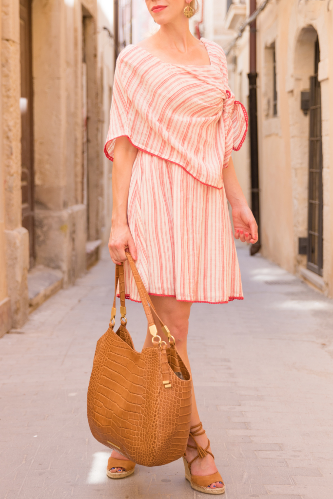Intropia striped red linenn dress outfit, Brahmin 'Thelma' tan savannah tote, Joie 'Phyllis' espadrille wedge sandals whiskey suede