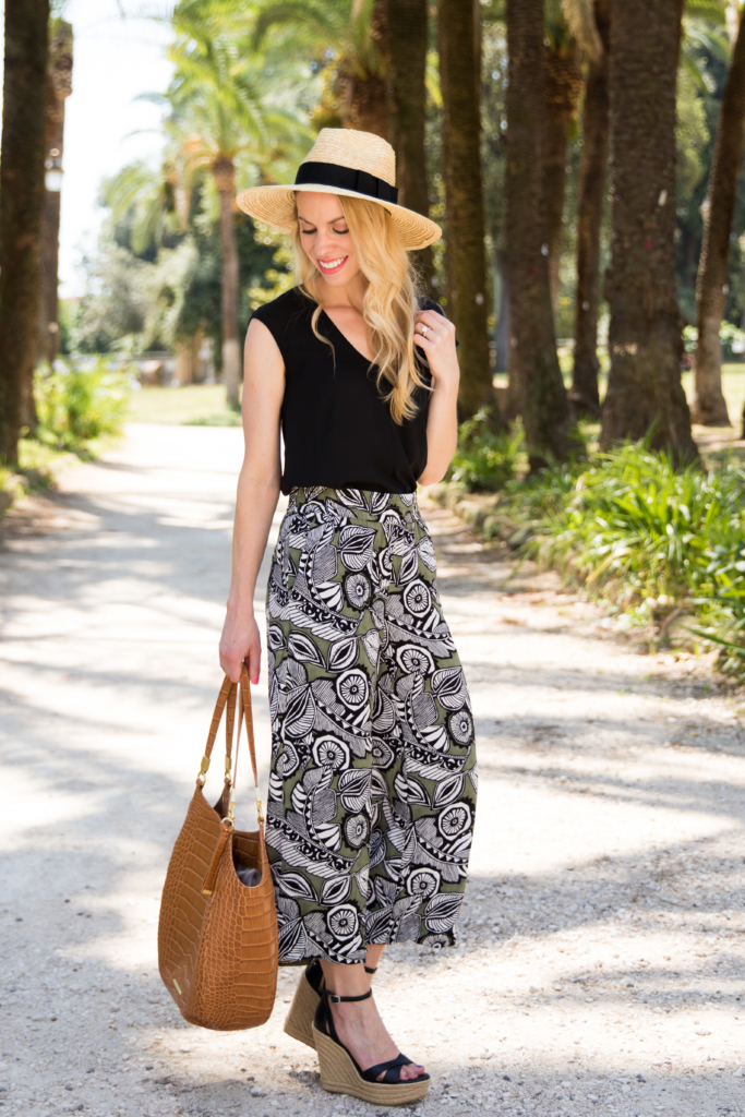 LOFT floral print culottes, tropical print pants summer outfit, how to wear wide leg cropped pants with wedges, Brahmin 'Thelma' tote