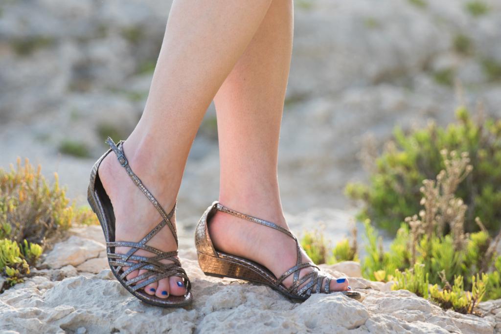 Stuart Weitzman silver strappy sandals