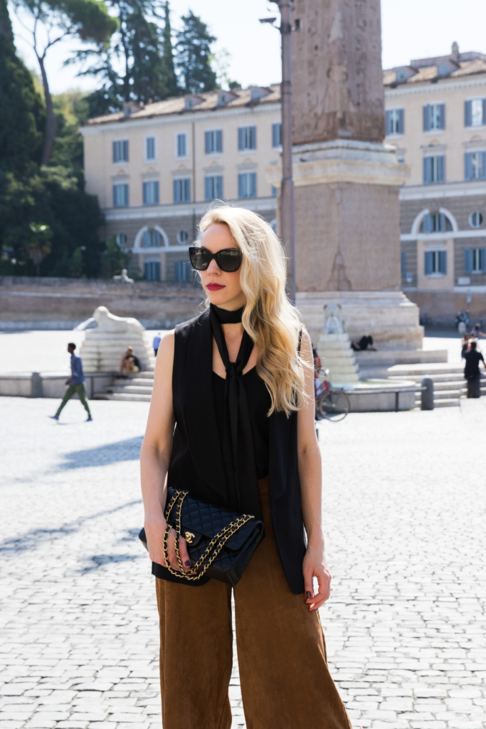how to wear a skinny scarf, black skinny scarf outfit, Old Navy suede culottes