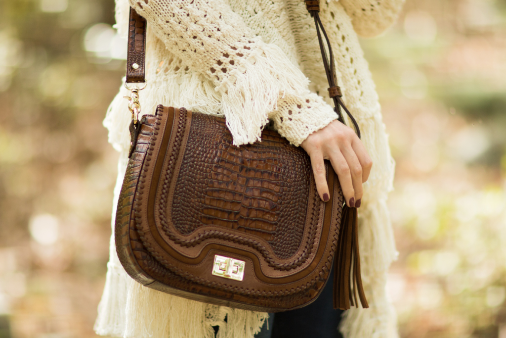 brahmin-sunny-crossbody-bag-toffee-rockdale-fringe-sweater-outfit-tan-saddlebag-for-fall