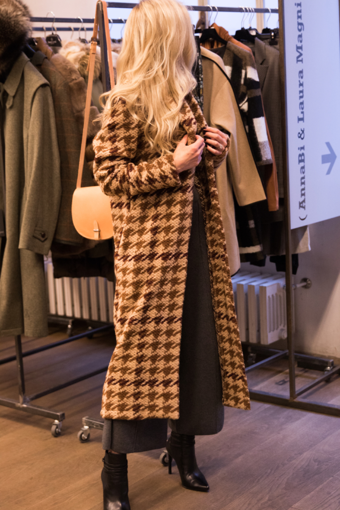 la-fee-maraboutee-houndstooth-wool-coat-fall-winter-16-collection