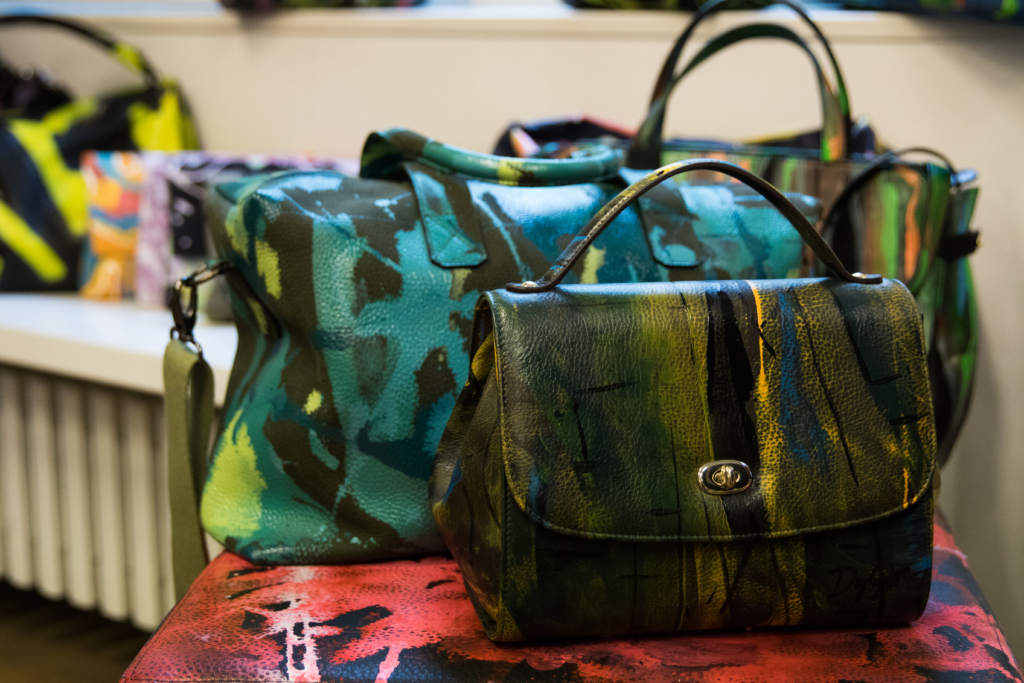 handpainted-bags-milan-italy-anna-bi-showroom