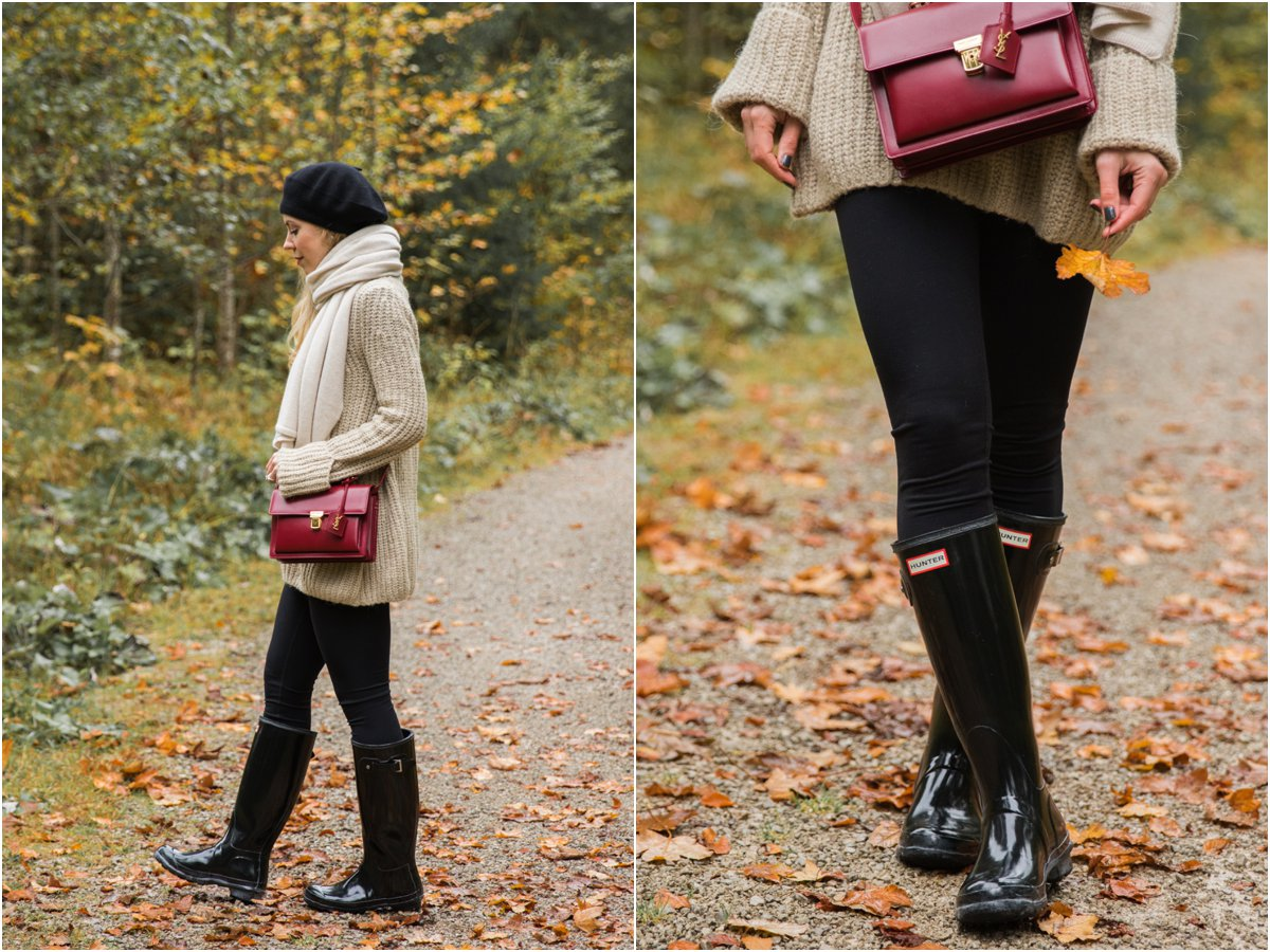 hunter-boots-with-leggings-and-oversized-sweater-cute-outfit-with-hunter-boots-how-to-dress-for-rainy-fall-days