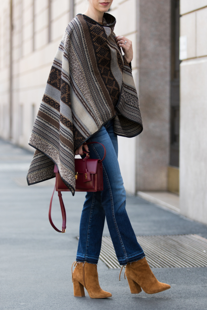 la-fee-maraboutee-tribal-print-poncho-crop-flare-jeans-with-suede-booties-7-for-all-mankind-cropped-bootcut-jeans-with-released-hem-milan-fashion-week-street-style