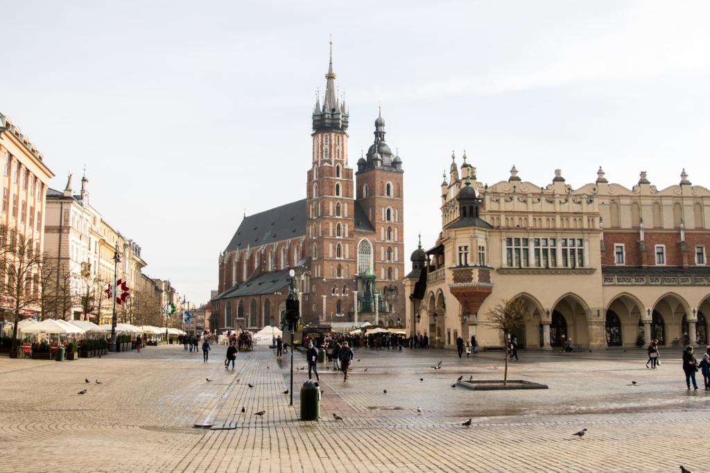 krakow-poland-what-to-see-in-krakow-poland-american-travel-blogger