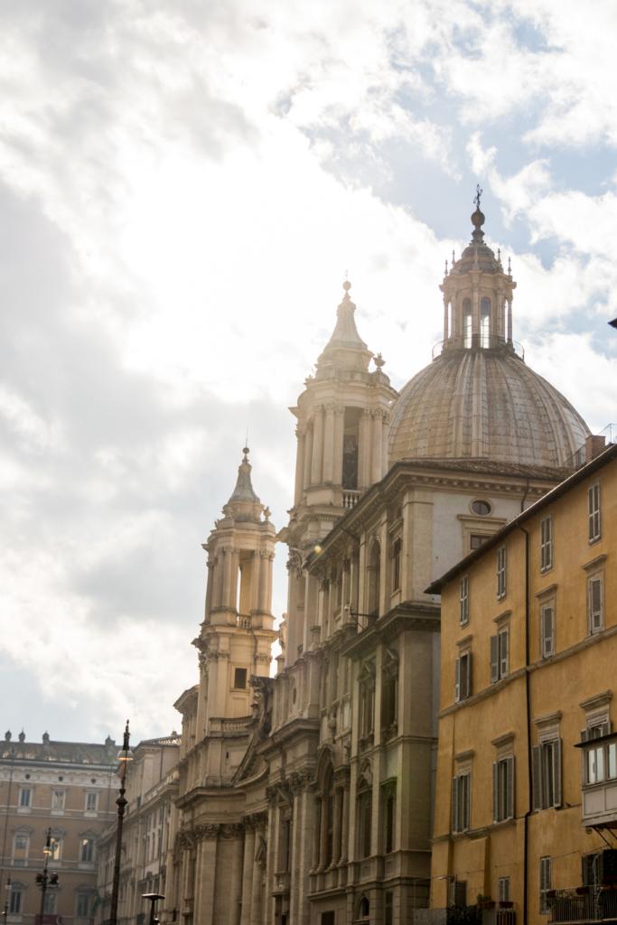 piazza-navona-rome-italy-american-travel-blogger-rome-italy