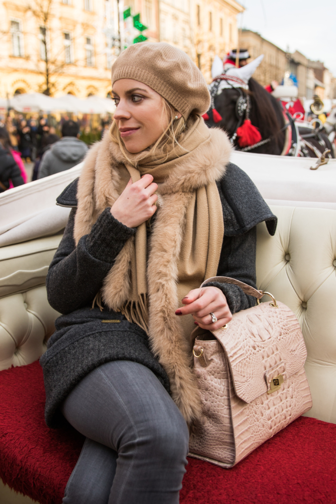 carriage-ride-christmas-krakow-poland-brahmin-brinley-satchel-silk-melbourne-what-to-do-in-krakow-poland-fashion-blogger