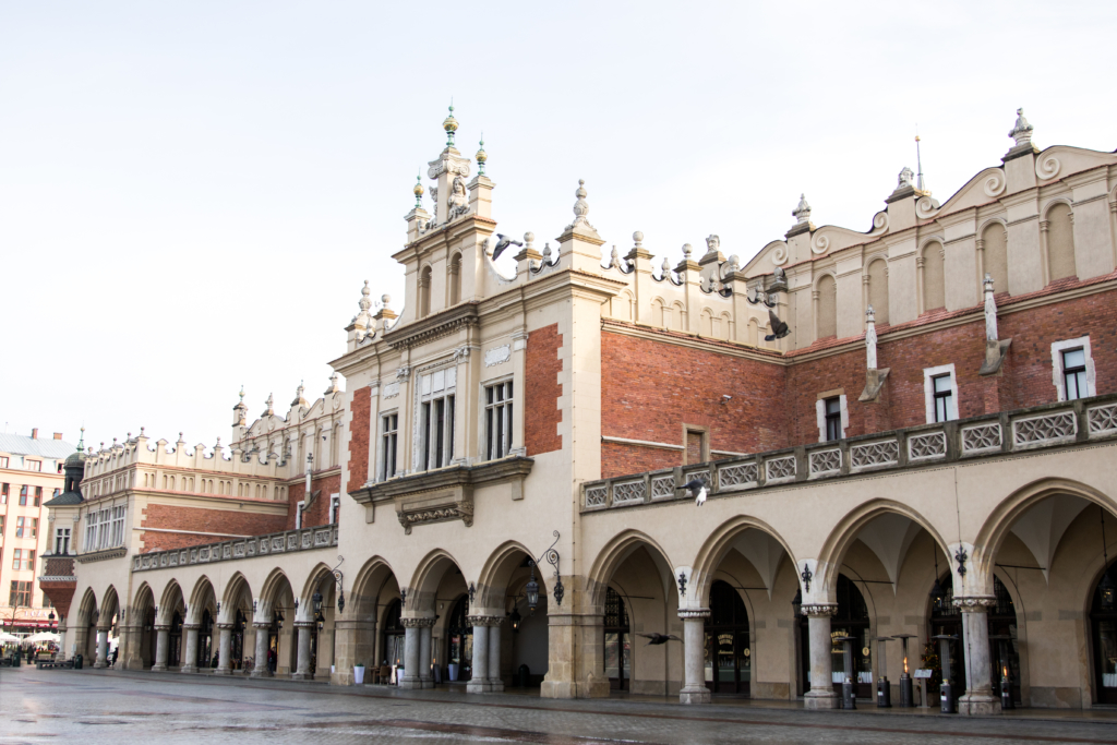 main-square-krakow-poland-travel-blogger-things-to-see-in-krakow