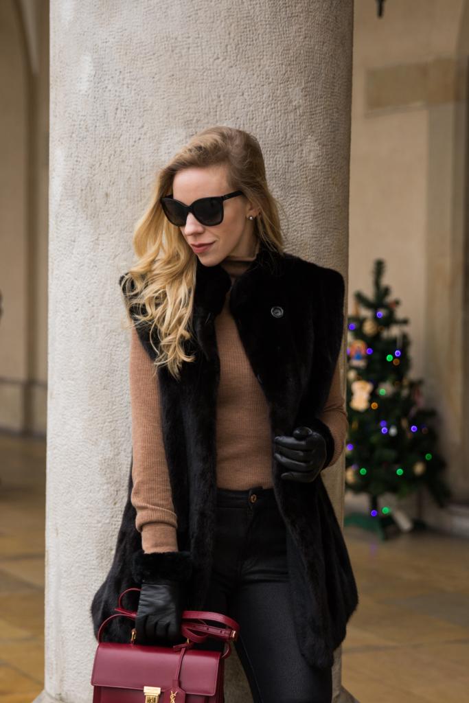 vintage-black-mink-vest-camel-turtleneck-ugg-fur-cuff-gloves-holiday-outfit-with-fur-vest