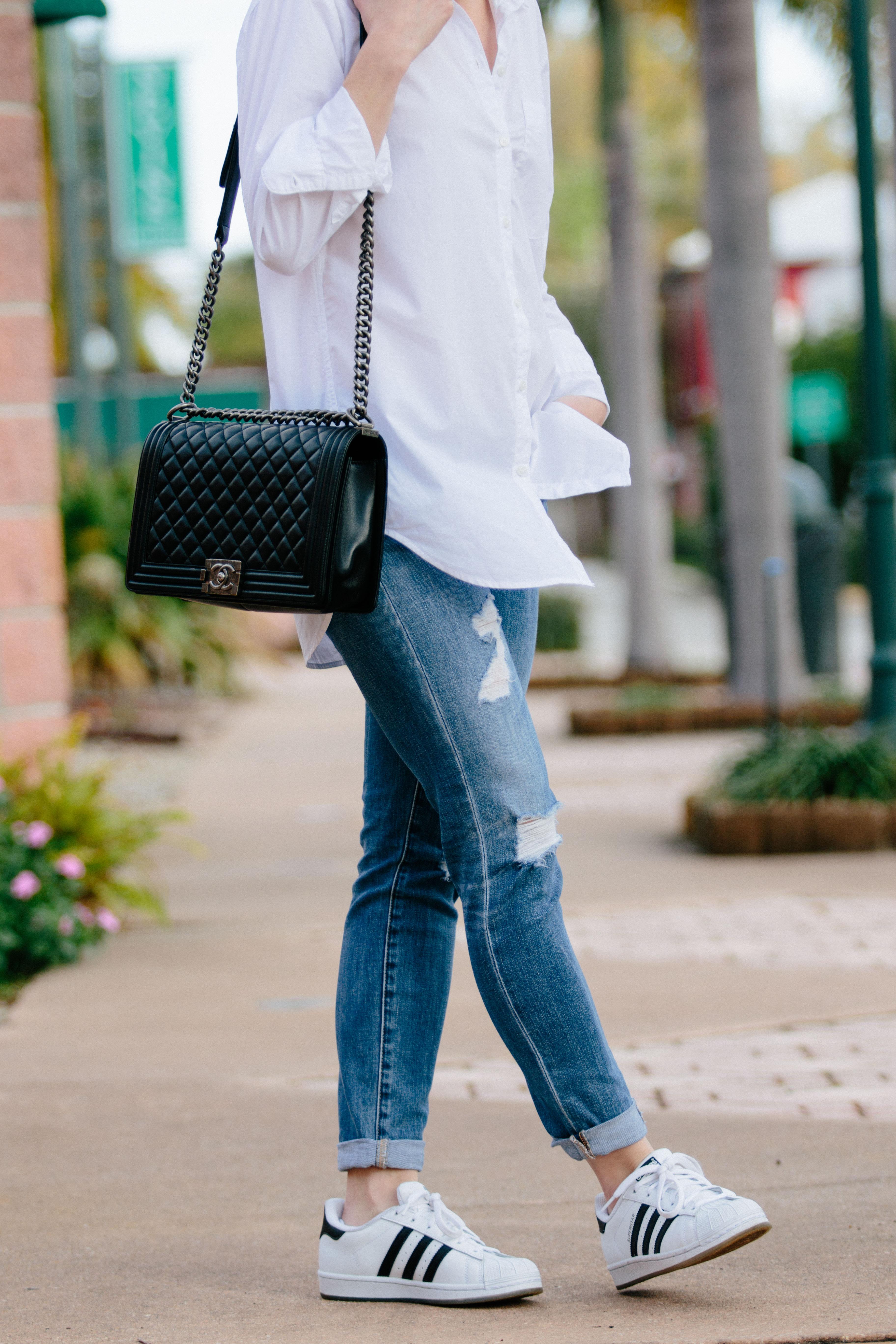 Ag jeans sulle palafitte raccolto arrotolate jean 17 anni di rivolta, adidas superstar