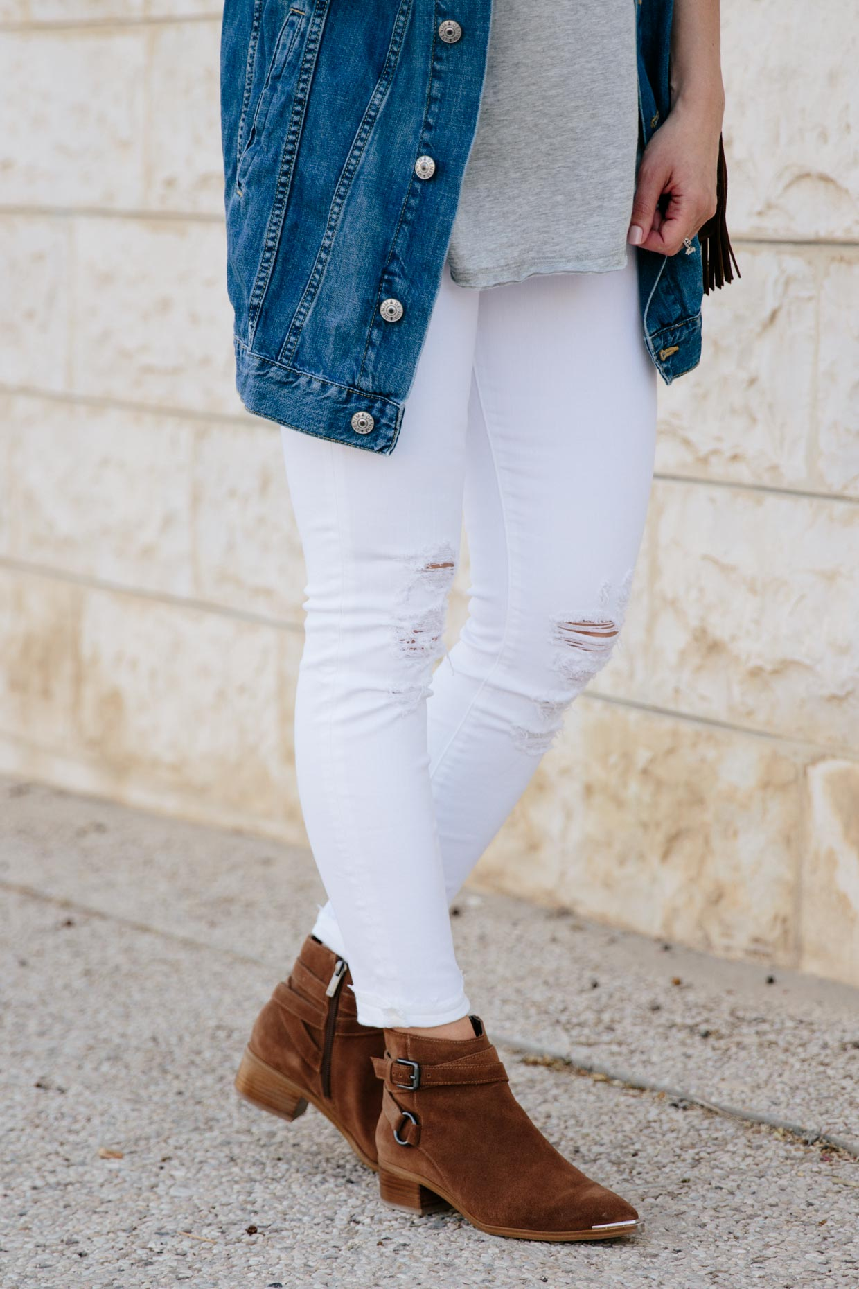 Western Flair Oversized Denim Jacket With White Jeans
