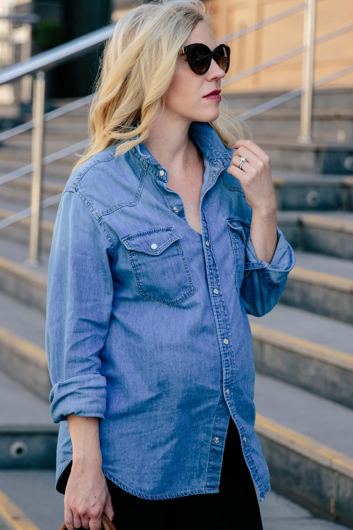 ca52b3a6932b Meagan Brandon fashion blogger shows how to wear an oversized denim shirt  for pregnancy style
