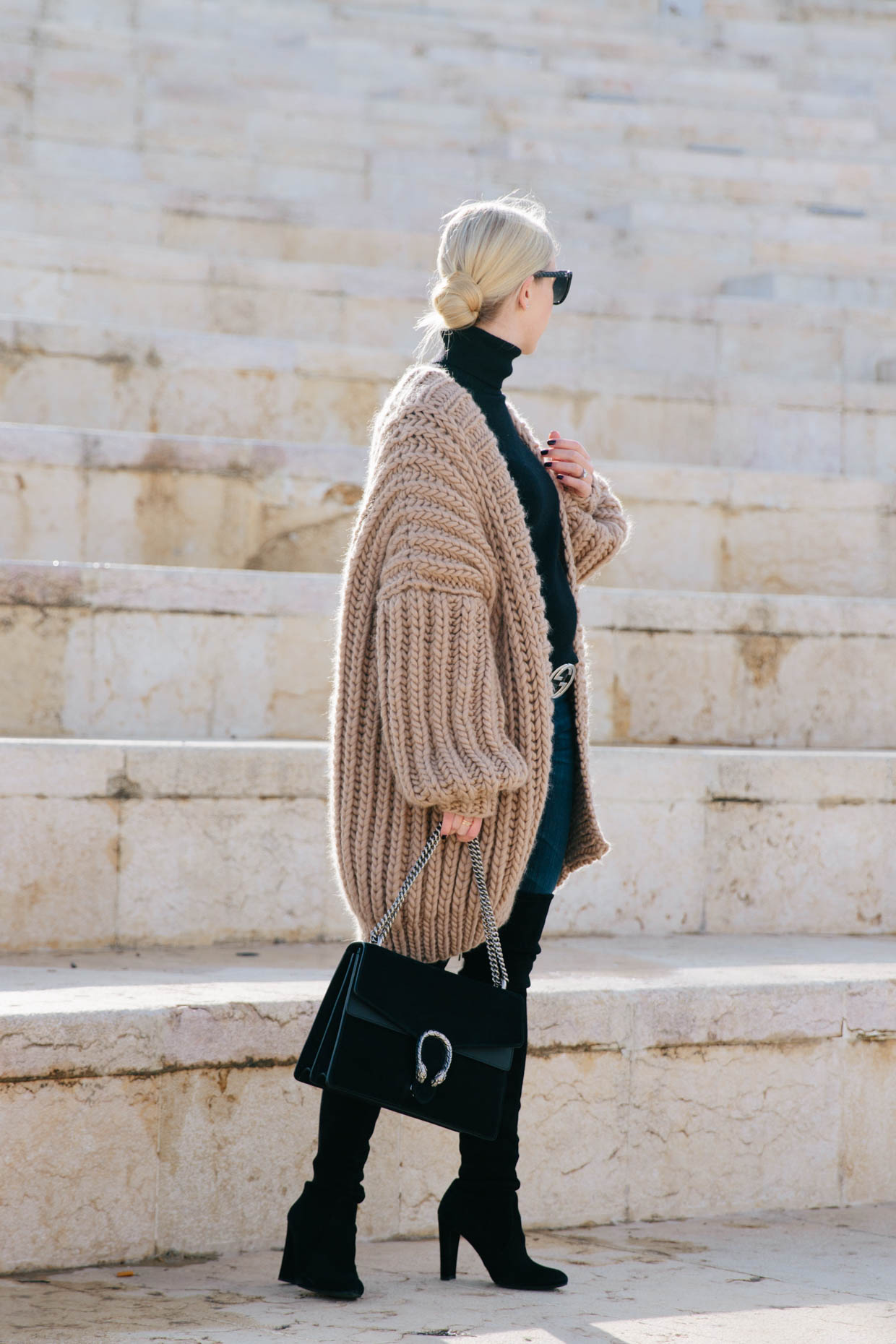 The Coziest Cardigan You Ll Ever Own Meagan S Moda
