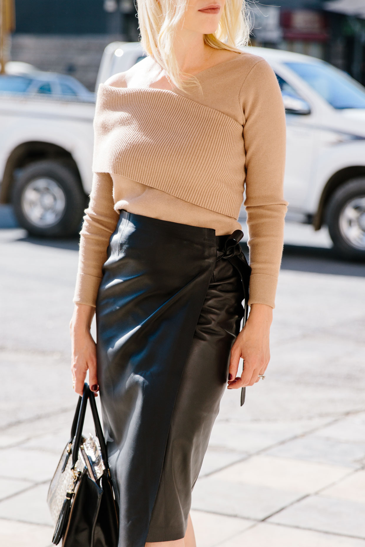 The Chicest Leather Skirt Style For Fall Meagan S Moda